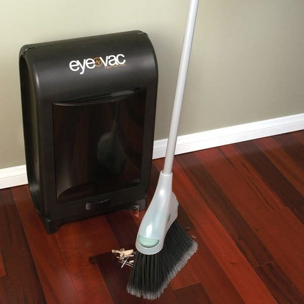 vacuuming dustbin