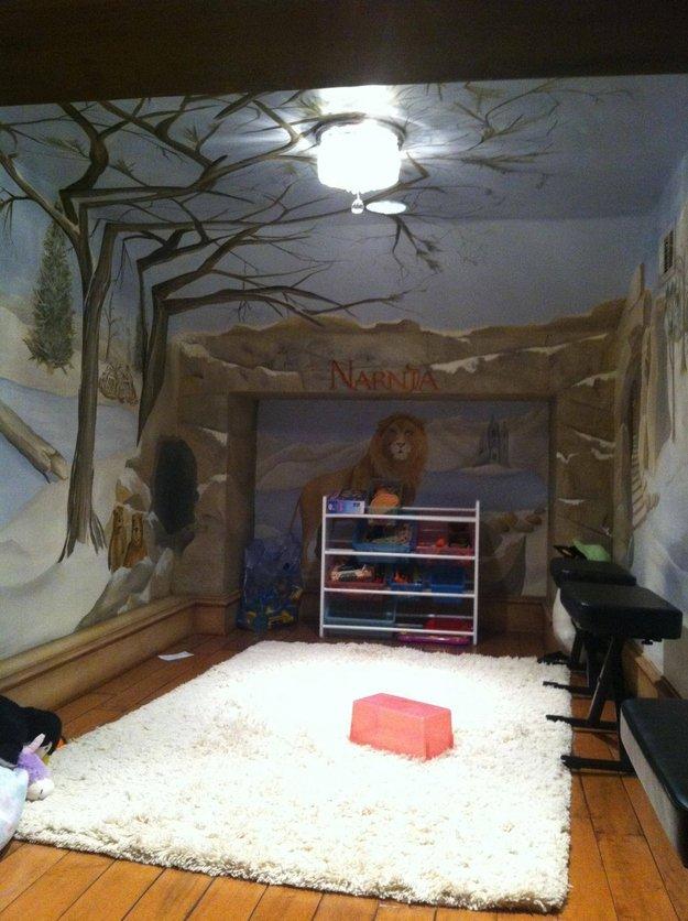 narnia themed playroom