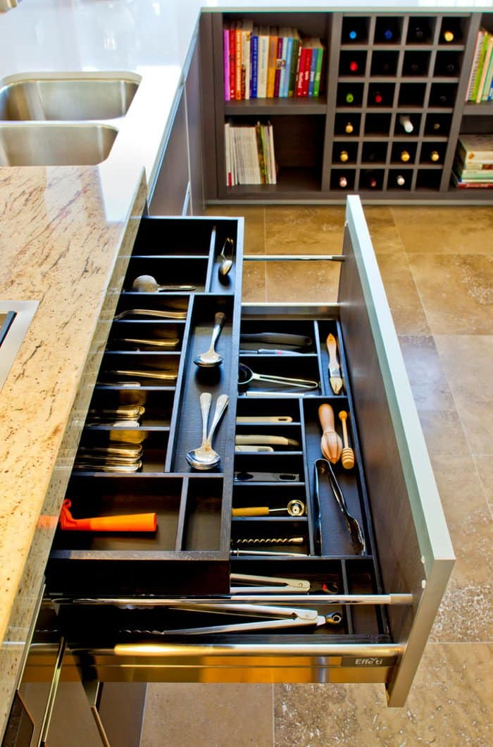 5-contemporary-kitchen
