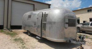 Airstream camper salon