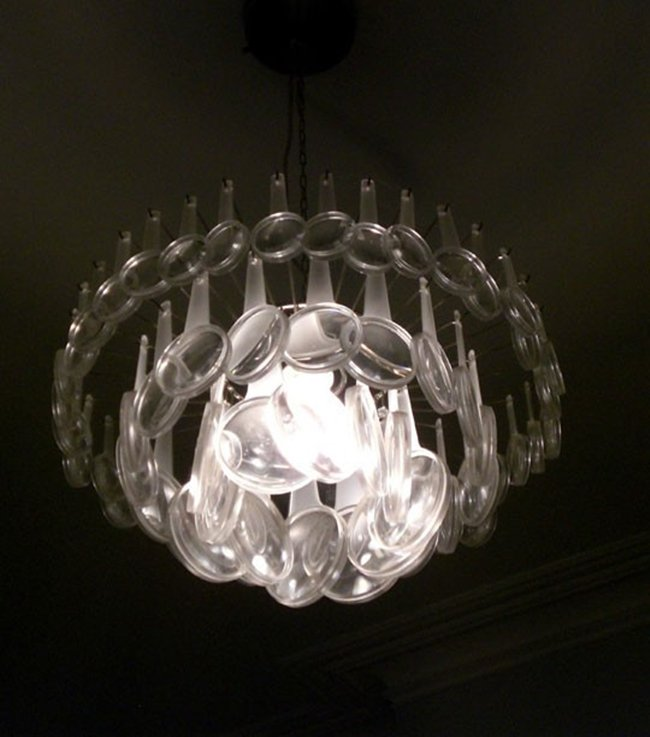 Magnifying-Glass-chandelier
