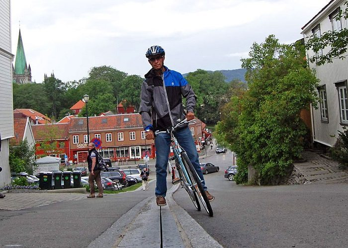 Norway bike escalator man