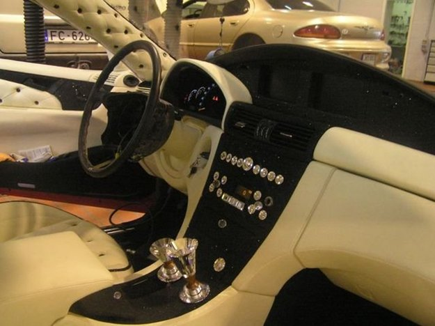 awesome-finished-car-interior