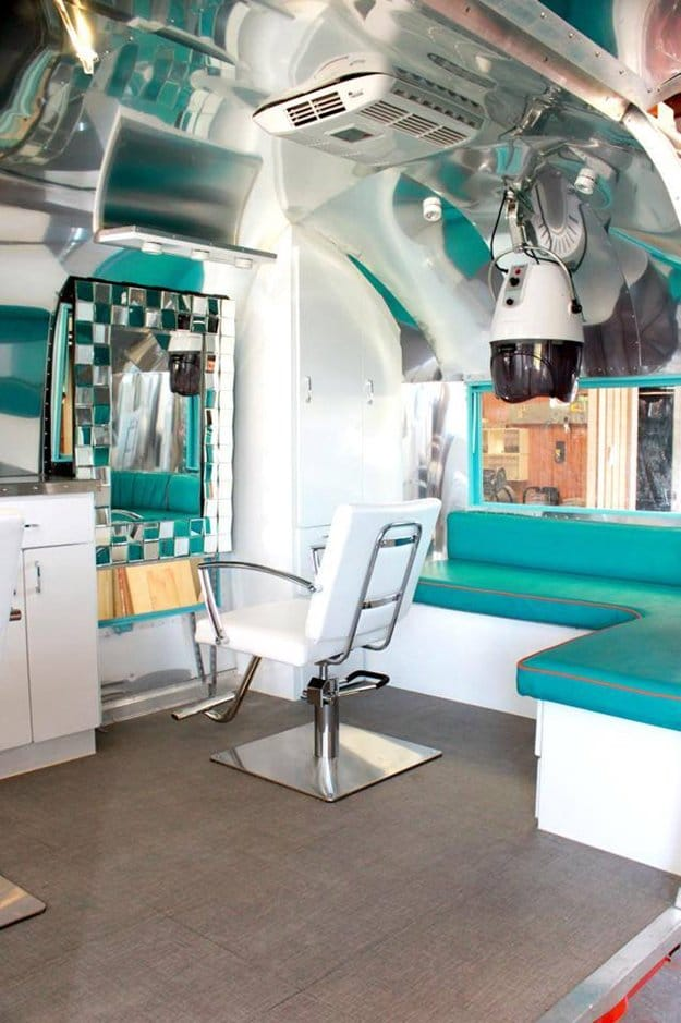 awesome-mobile-salon