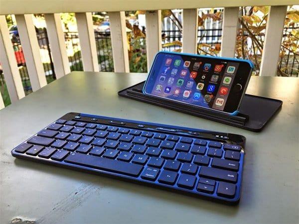 blue-tooth-keyboard