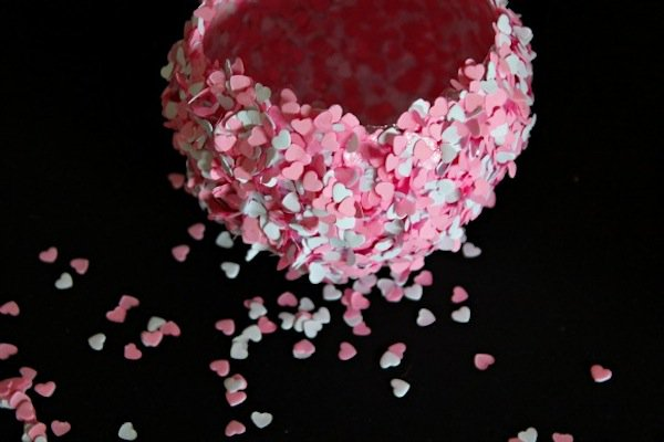 bowls-confetti-first