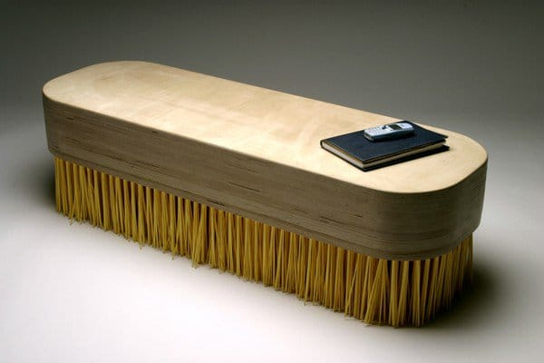 brush table