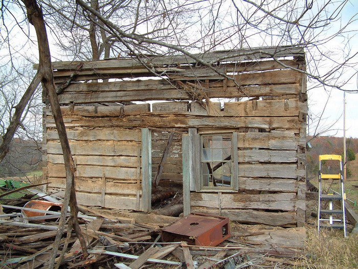What This Man Did To A Rotten Cabin He Found In The Woods