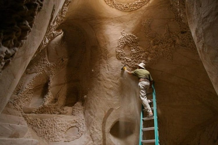 carved-cave-ladder