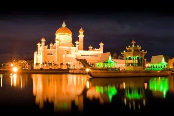 cities-at-night-bandar-seri-begawan-brunei