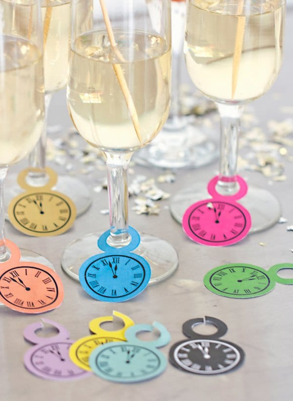 clock-wine-glass-charms