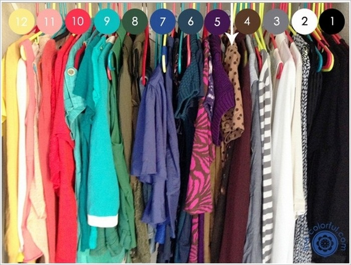 clothes color organized