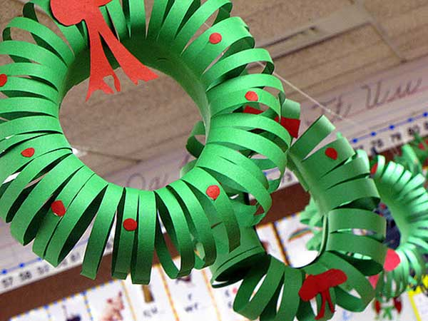 construction-paper-wreath