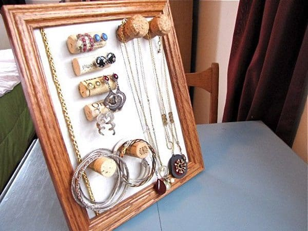 cork jewelry rack