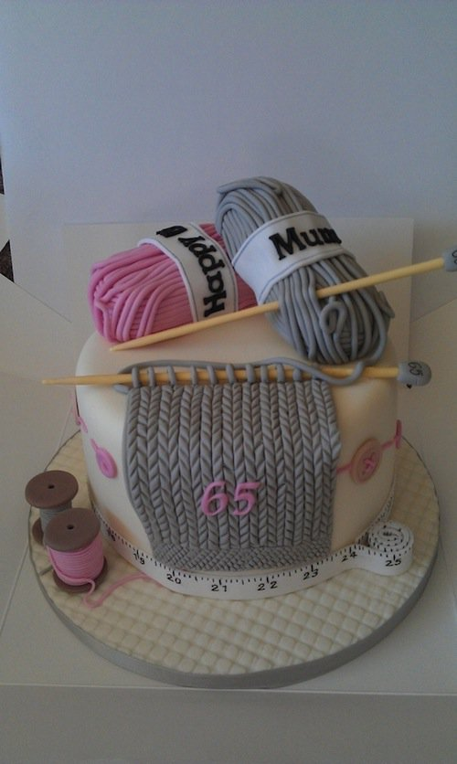 Knitting Birthday Cake Images : Creative craft themed cake and dessert ideas