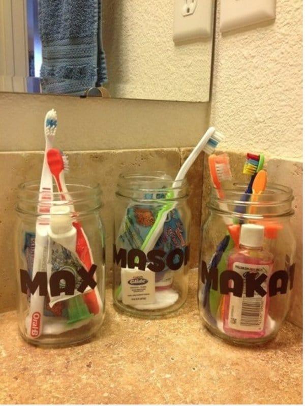 customized-toothbrush-jars