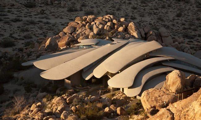 disguise-desert-house