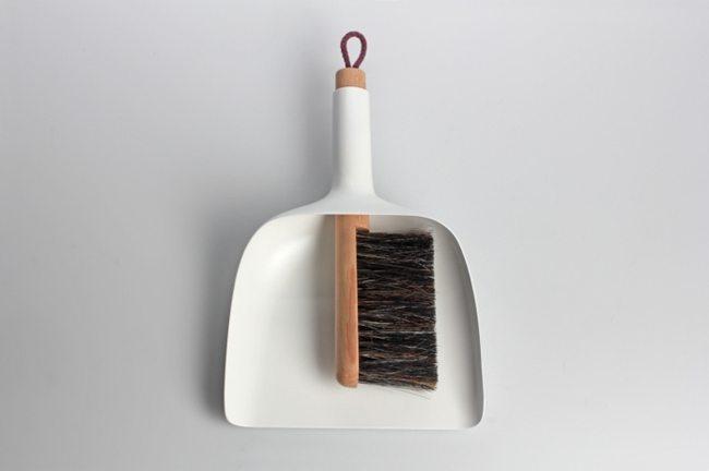 dust-pan-brush