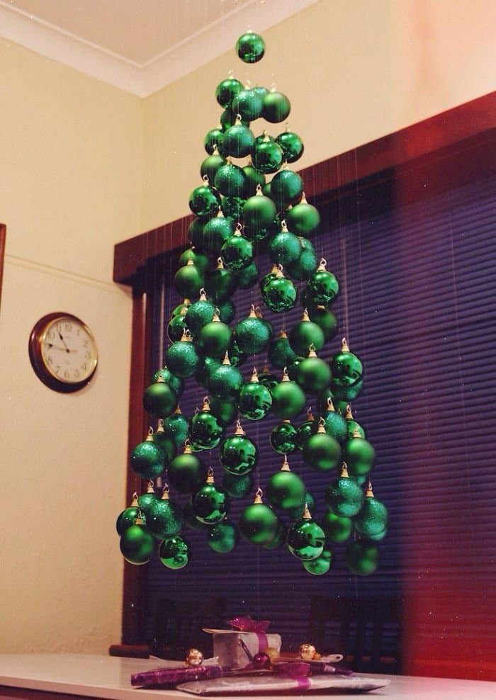 floating tree green baubles