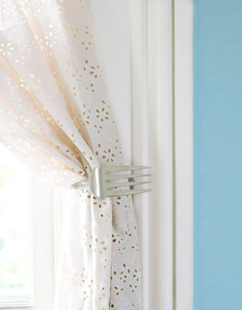 fork curtain tie back