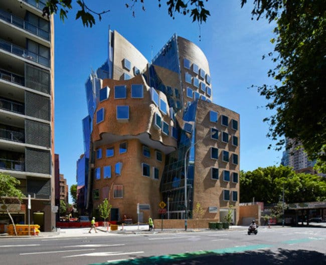 frank-gehry-side