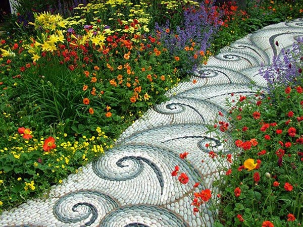 garden-pebble-path-waves