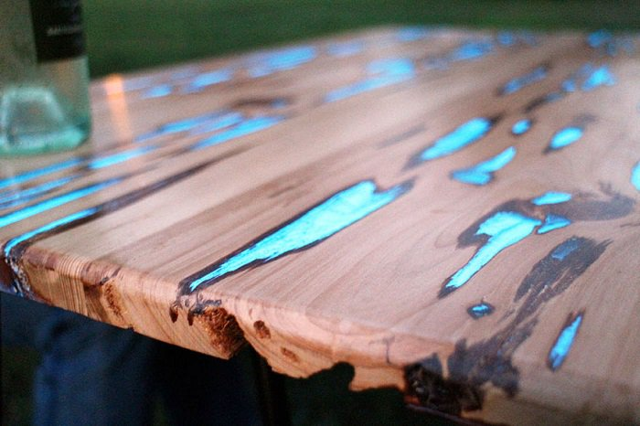 glowing-resin-table-mike-warren-close up