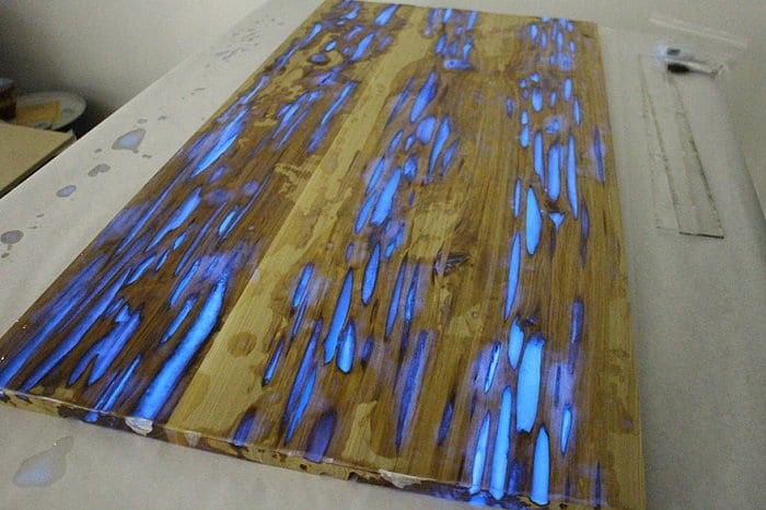 glowing-resin-table-mike-warren-table top