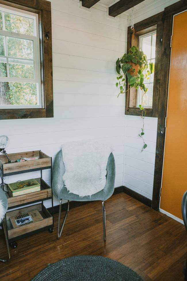 heirloom-tiny-home-chair