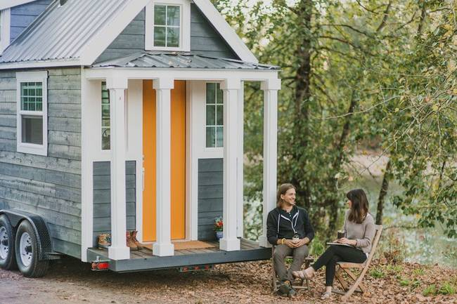 heirloom-tiny-home-outside