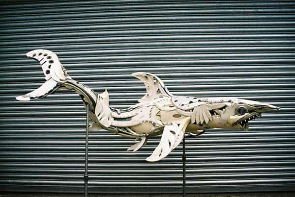 hubcap-sculpture-shark