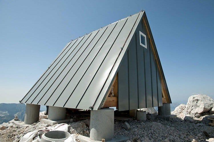 hut-one
