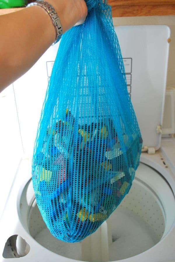 lego-toys-wash-in-bag