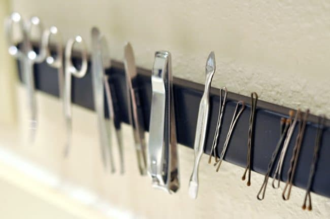 magnetic-bathroom-rack
