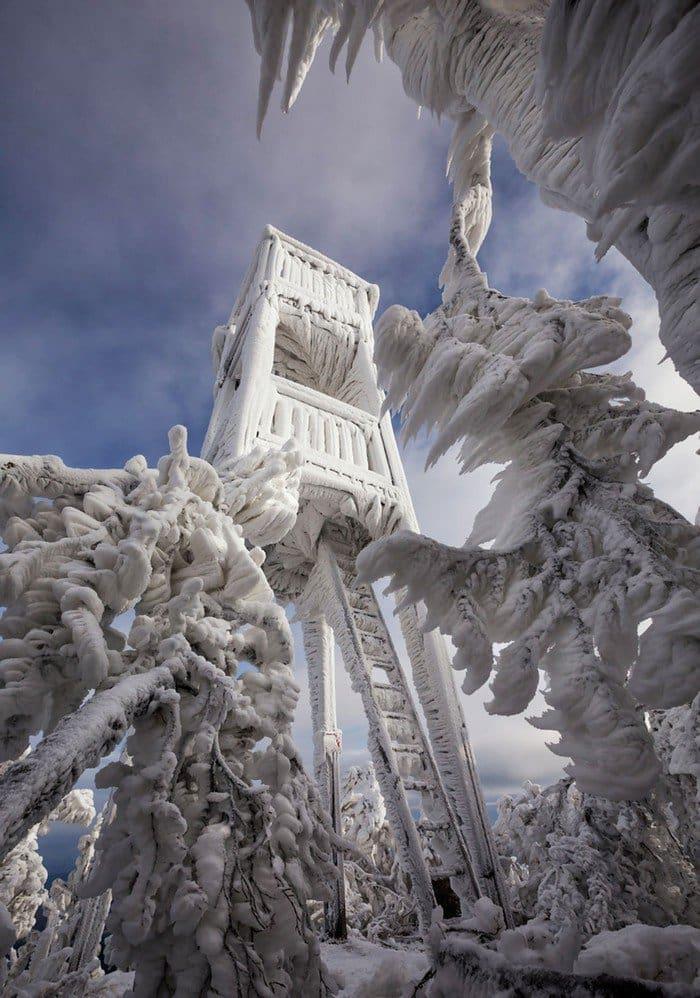 mount-javornik-slovenia-winter-building