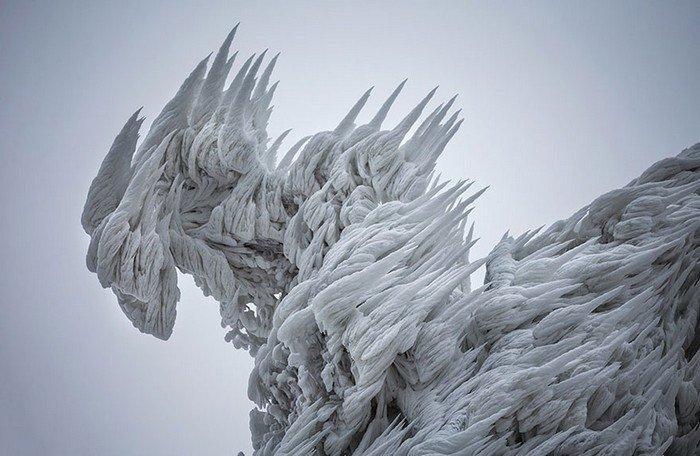 mount-javornik-slovenia-winter-ice