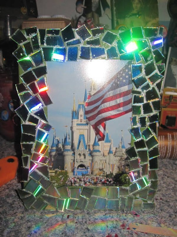 12 awesome crafts you can make with old cds - Top uses for old cds and dvds unbounded ideas ...
