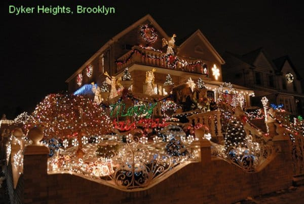 15 Homes That Have Taken Christmas Decorations To Another
