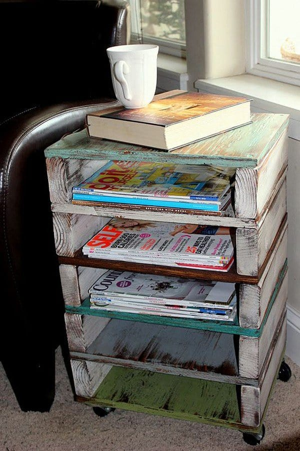 pallet magazine rack