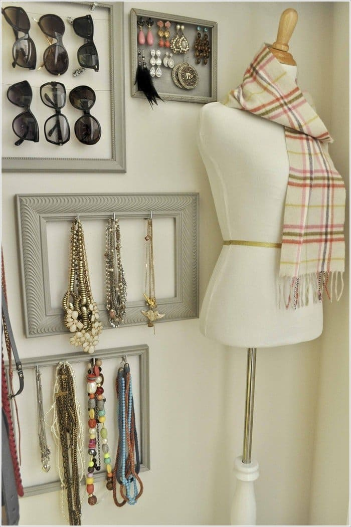 picture framed accessories
