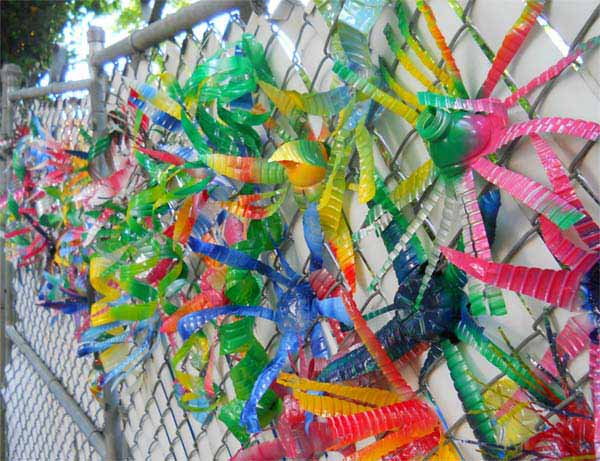 plastic-bottle-decorations