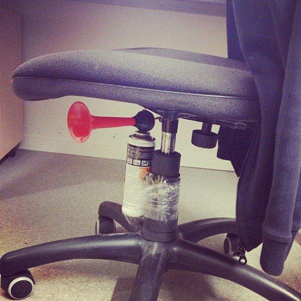 put airhorn under seat