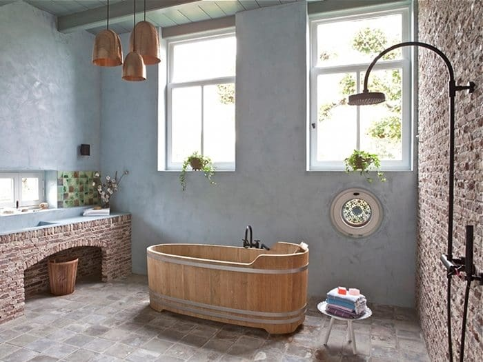rustic-bathroom-brickwork