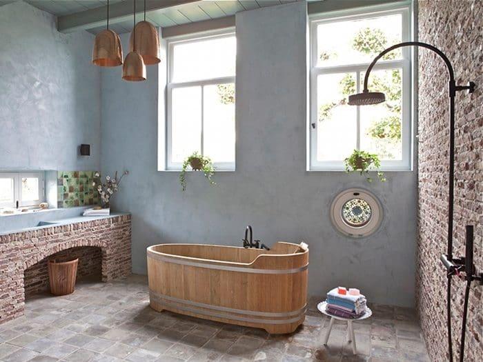 rustic-bathroom-brickwork