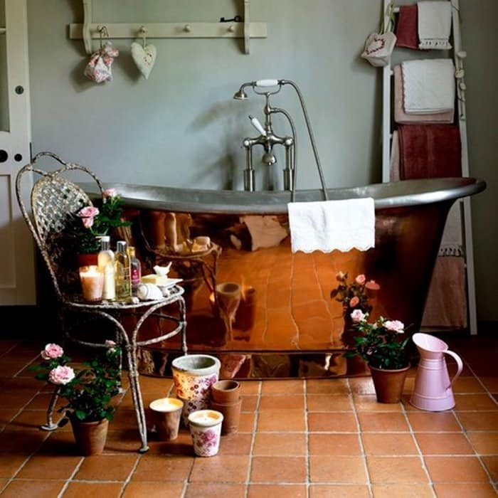 rustic-bathroom-favorite-vintage