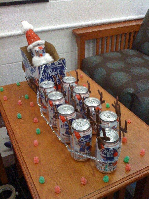 santa sleigh beer cans