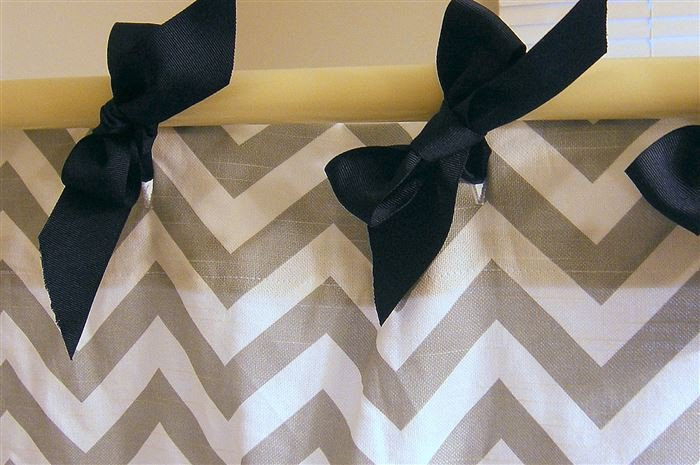 shower curtain bows