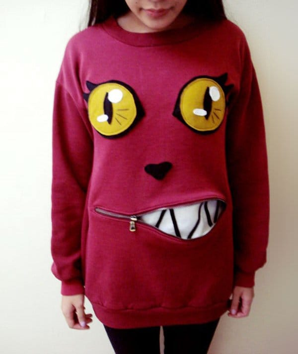 sweater-zipper-mouth