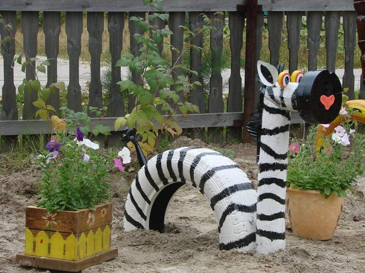 16 creative and amazing ways to reuse old tires tire zebra solutioingenieria Images