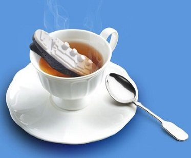 titanic tea infuser